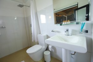 mountainheavensella bathroom